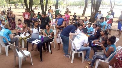 Cadastramento-de-indígenas-warao-sem-abrigo-pela-equipe-do-ACNUR.jpg